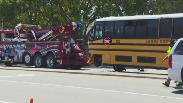 7 students injured in Sarasota County school bus crash