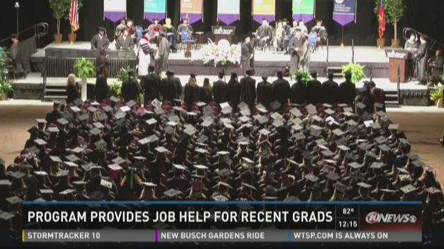Fifth Third Bank offering job help to grads