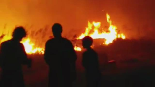 Sparklers blamed in Pass-a-Grille beach fire