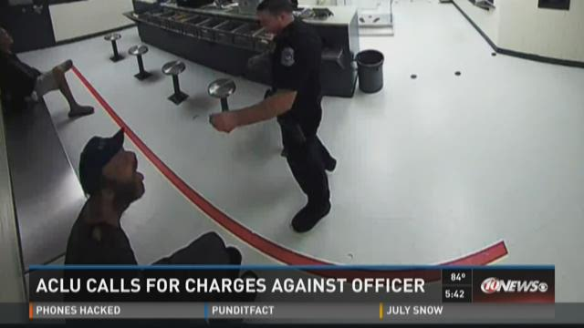 ACLU calls for charges against Sarasota officer