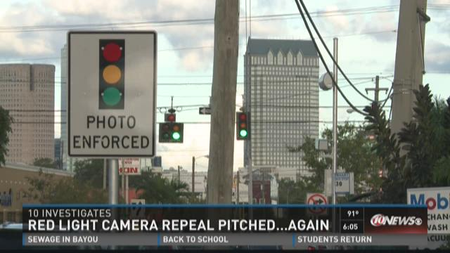 Brandes refiles bill to ban red light cameras