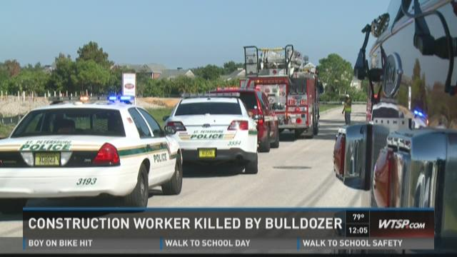 Construction worker  killed by bulldozer