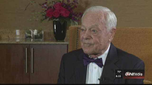 CBS broadcasting legend, Bob Schieffer, is honored in St. Pete.